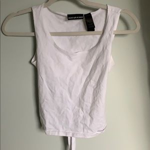 White back tigh crop top